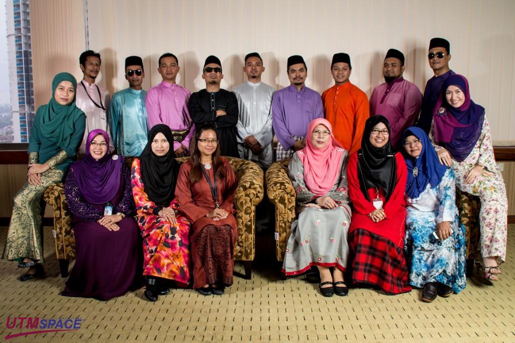 Selamat Hari Raya Aidilfitri, Maaf Zahir dan Batin kepada semua warga kerja UTMSPACE dan Kolej SPACE daripada warga kerja Pejabat Ketua Pegawai Operasi, UTMSPACE Kuala Lumpur....